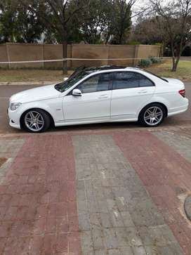 Preowned Mercedes benz c200 for sale