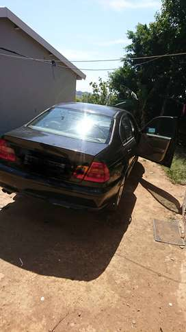 BMW 330i for sale R35000 in Durban