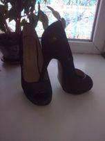 Продам туфли с открытым носочком