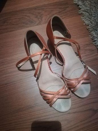 Buty do tańca towarzyskiego Chełm - image 1