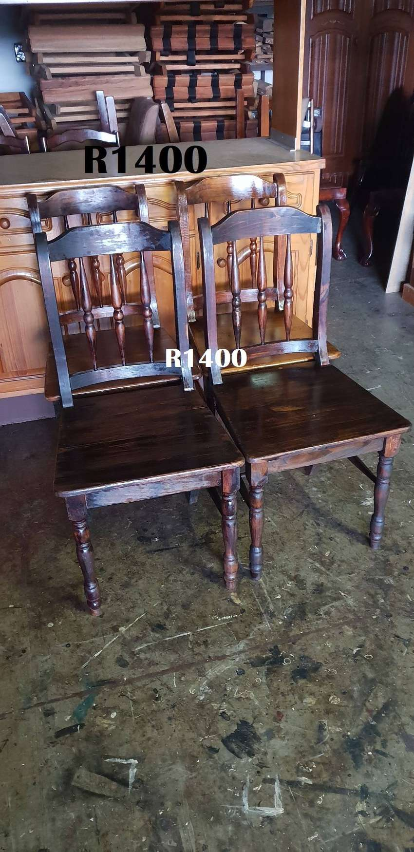 4 x Cottage Pine Dining Chairs 0
