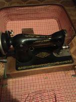 Швейная машина в чемодане
