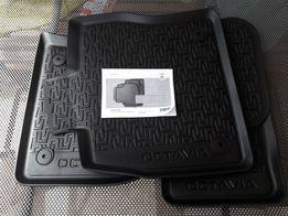 Коврики оригинал Skoda Octavia A7 шкода октавіа 5E1061550