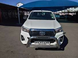 2018 white toyota hilux 2.4 gd-6 double cab 4*2 Manual