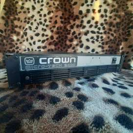 Crown 2400 Microtech Amplifier