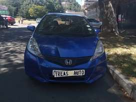 USED HONDA JAZZ WITH AN ENGINE CAPACITY OF 1,5
