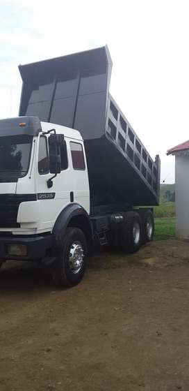 Heavy load dump truck for hire