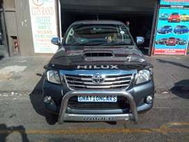 Toyota Hilux raider 3.0 D4D for sell