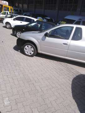 I'm selling my Nissan np 200.