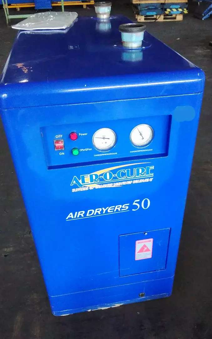 Air dryer. Refrigerant Compressor. spray paint curing, Panel beaters