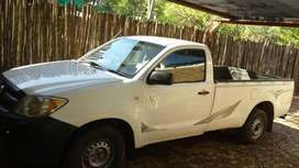 TOYOTA D4D BAKKIE FOR SALE