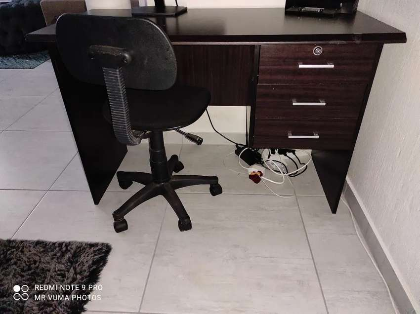 Desk and Chair 0