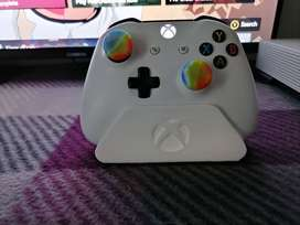 3D printed xbox one controller stand