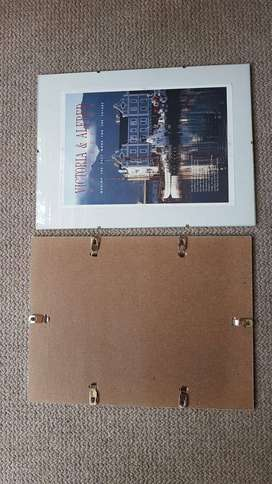 Glass picture clip frames