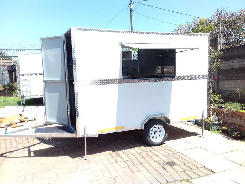 MOBILE KITCHENS / FOOD TRAILER'S 0