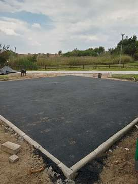We do house construction, renovations, paving contractors and painting