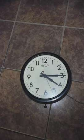 1930's Smiths Sectric wall clock in Good condition.