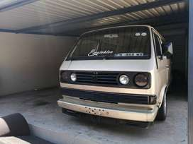 2005 microbus brown in colour sell or swop for any car