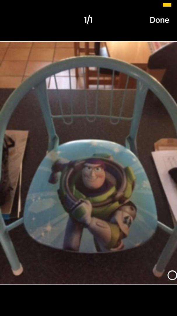 Buzz lightyear squeaky chair 0
