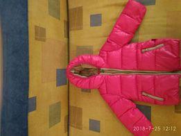 Куртка яркого цвета Benetton