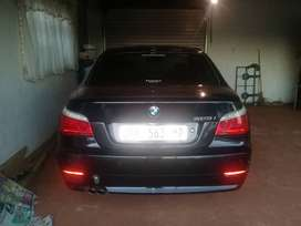 M selling my BMW 523i automatic sunroof 19 magreem condition