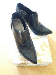 Buty czarne półbuty z CCC rozm. 37