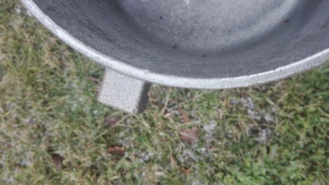 Kociołek żeliwny 10 litrowy Duży Garnek na stojaku zakręcany Rybnik - image 7