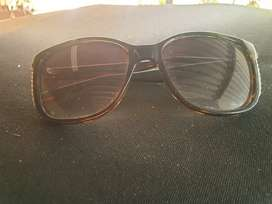 Guess sunglasses for Ladies