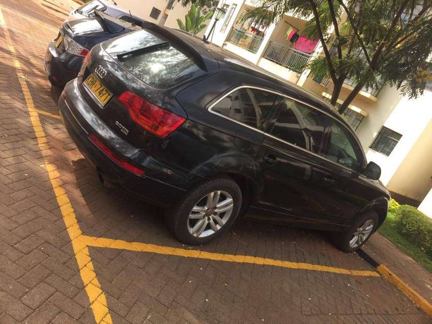 AUDI Q7 TDI ON QUICK SALE. TIP TOP CONDITION. 0