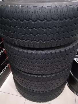 A set of used Good Year tyres 265/65R17