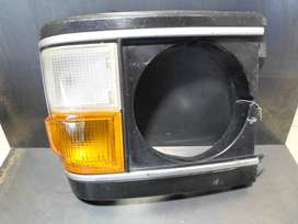 Toyota HiAce Bumper Corner Head Lamp Unit 1977 - 1982