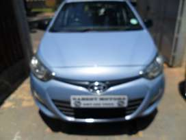 2014 hyundai i20 1.4 with 61000km