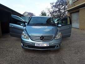 Mercedes Benz b200 cdi2009 for sell R60000negotiable