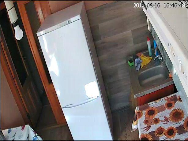 Сдам койко-место в своей 4 комнатной квартире( только для парней).