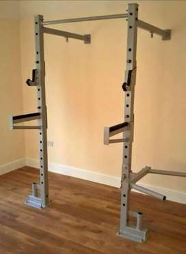 Wall mounted squat rack and pull up bar with dipping bar. Heavy duty