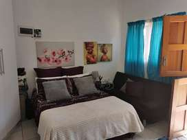 Bachelor flat available in Uitenhage