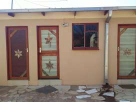 Rooms to rent in springs gauteng for R11OO