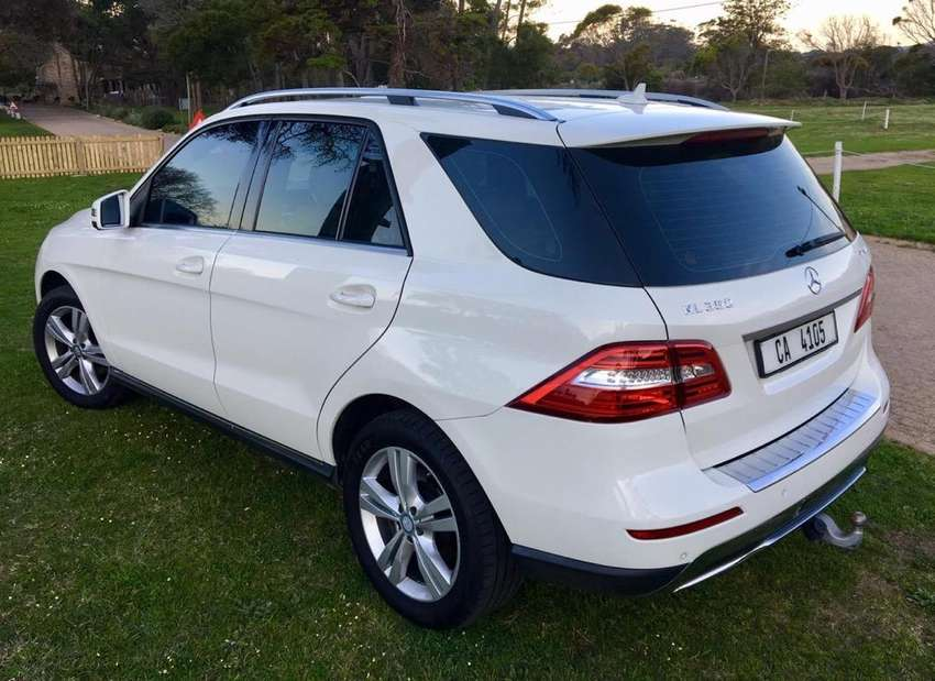 ML350 mercedes LOW km Showroom condition 0