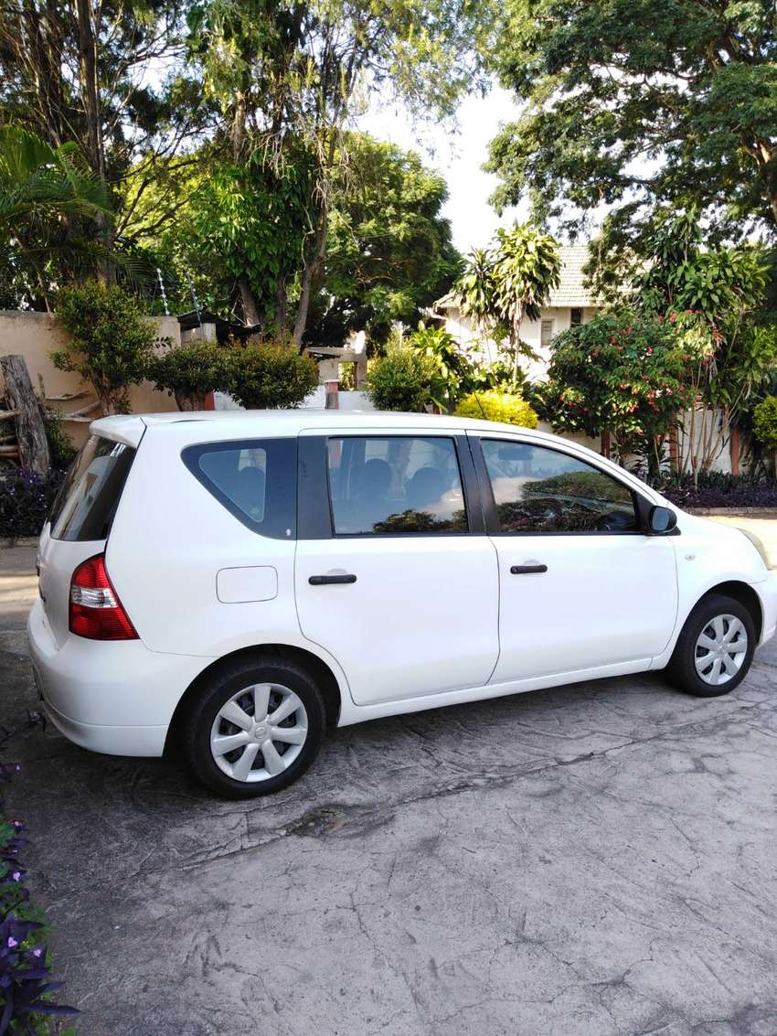 Nissan Livina Excellent car and Price