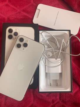 iPhone 11 Pro 64GB Silver (With Apple Warranty)