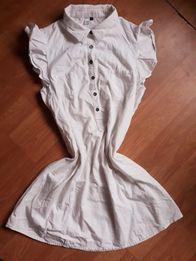 Sukienka tunika falbanki przy rękawach guziki zapinana