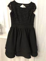 Nowa czarna sukienka rozkloszowana / koronka 38 / M