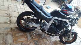 Im selling or swapping my suzuki 1100cc for a car