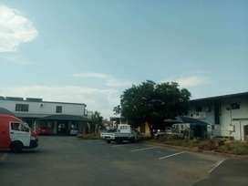 Industrial retail space To Let at Kya sands.