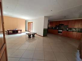Town house for sale in Bendor