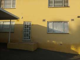 Place to let verulam