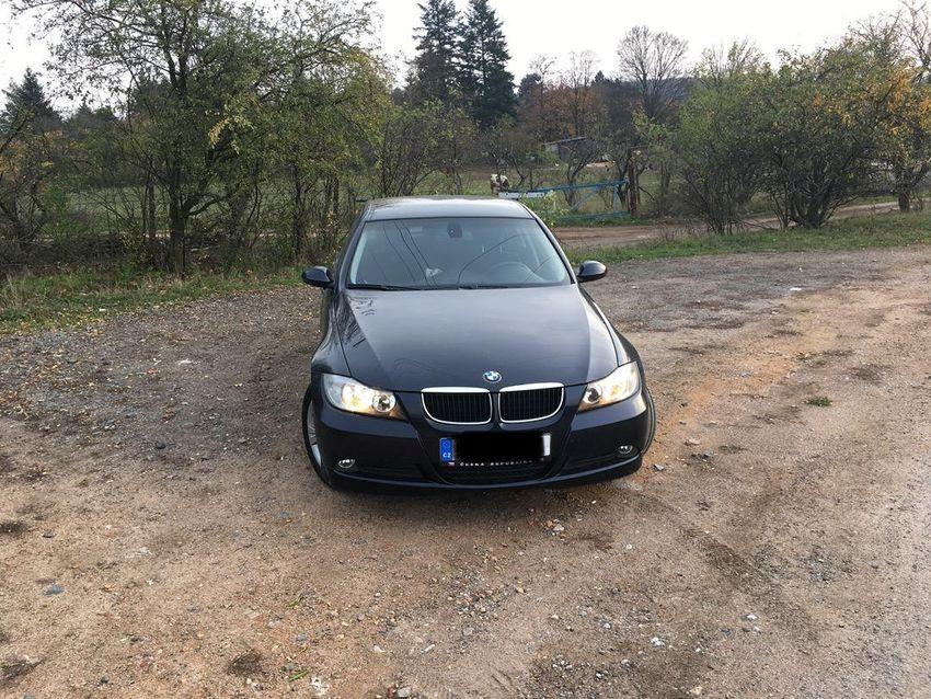 BMW 320i, 125 kW 0