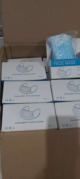 3ply disposable surgical masks at R8.00