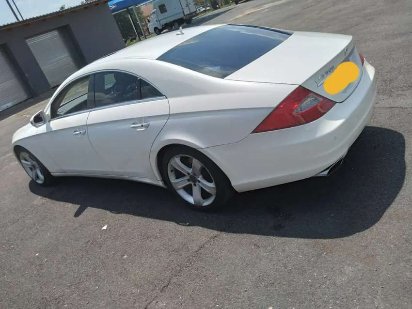 2009 CLS500 AUTO..SUNROOF,AMG LOTS OF EXTRAS!!R95k!!