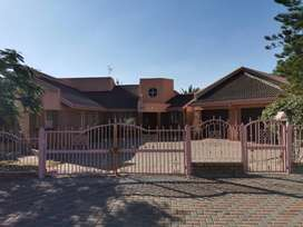3 bedroom house to rent at seshego zone 4